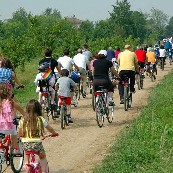 Biciclettata interetnica